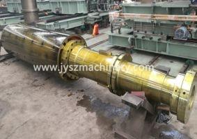 Uncoiler mandrel shaft with filler plates
